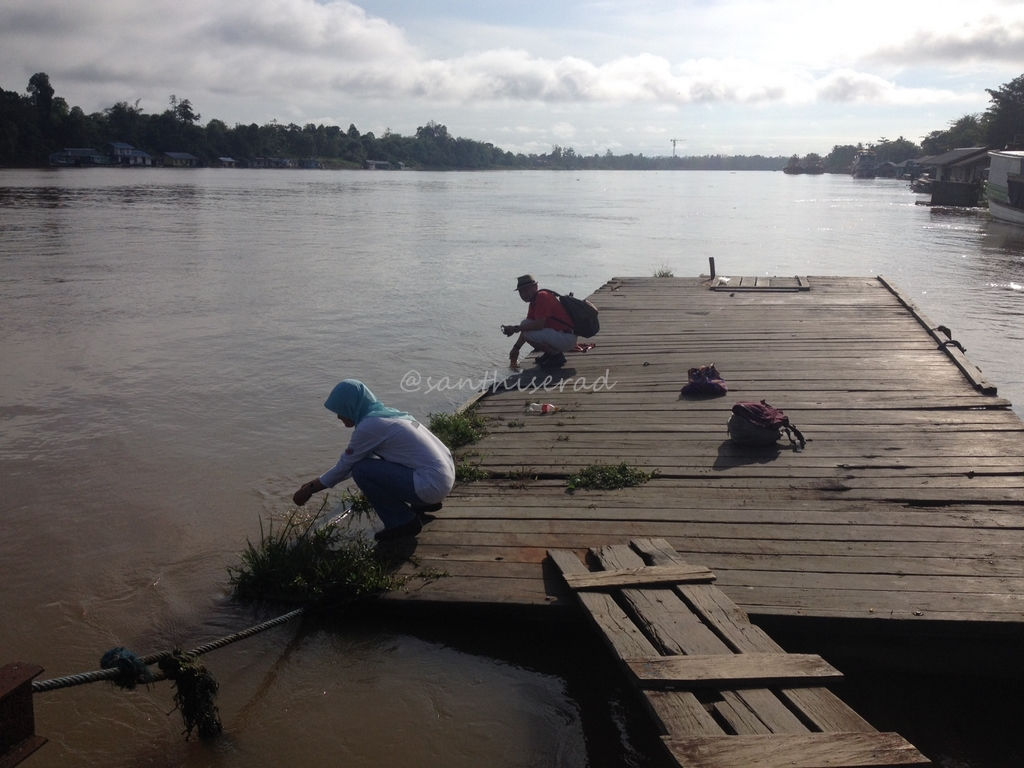 Bersiap menyusuri sungai Mahakam (Copy)