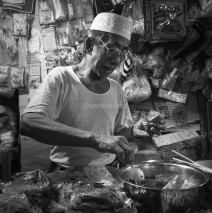 Pasar Kebon Roek, Lombok: Penjual Bumbu
