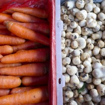 Pasar Lama Tangerang: Wortel dan Jamur